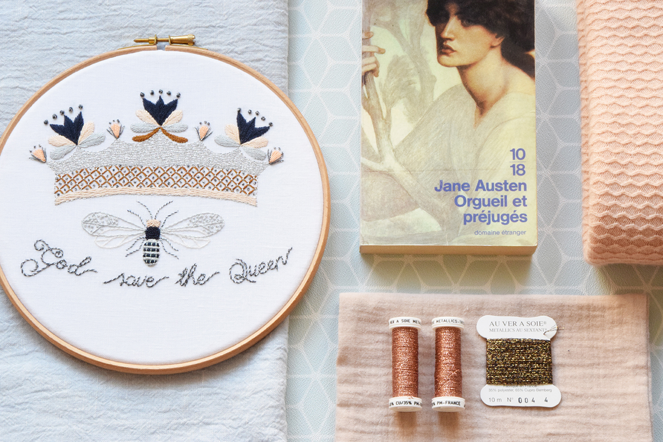 God save the queen, atelier de broderie avec Martine Biessy